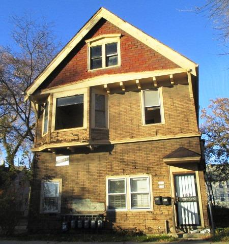 1734 Clarke St, Milwaukee, Wisconsin 53206, ,Multi-Family Investment,For Sale,Clarke St,1523355