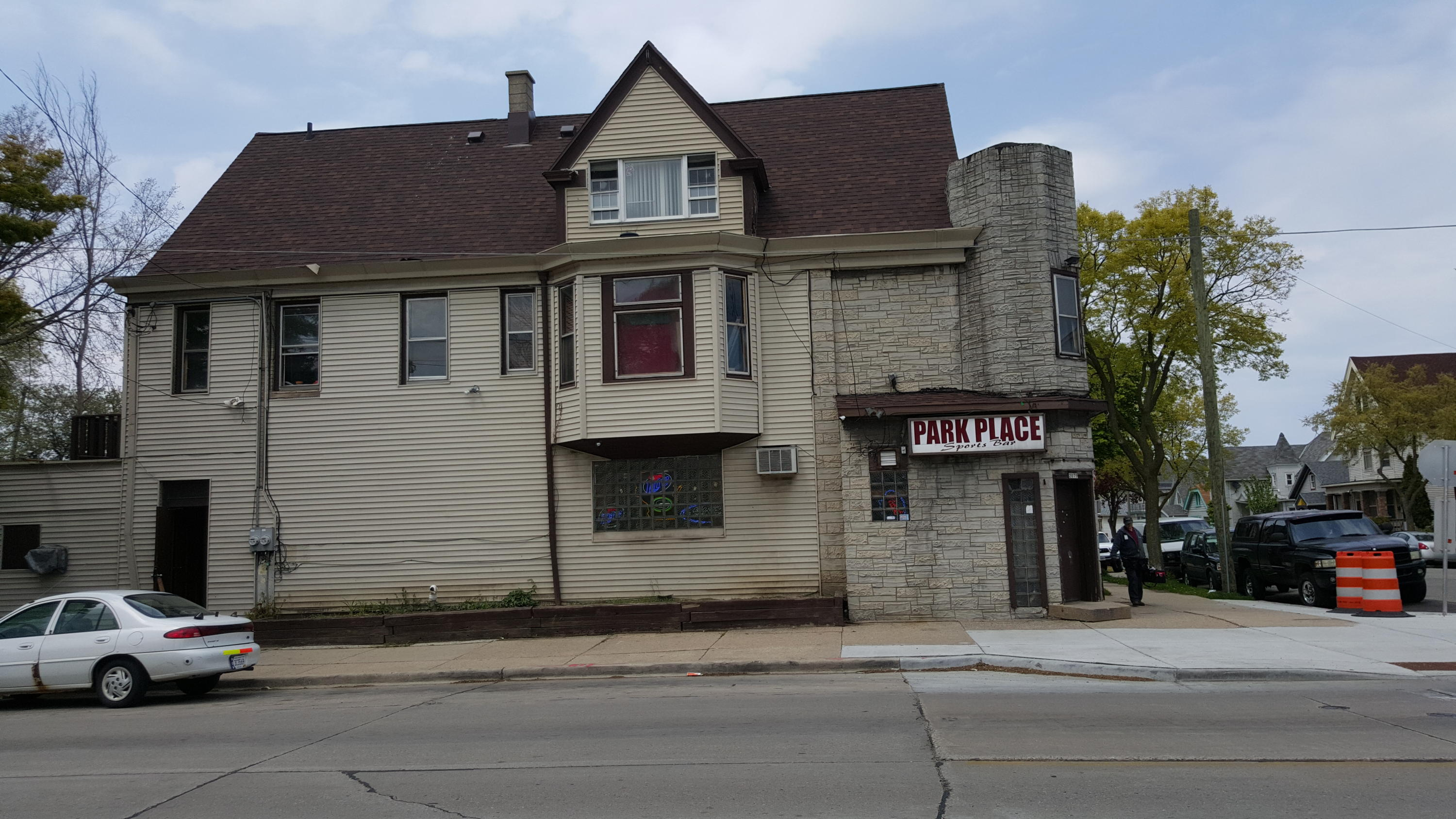 2077 8th St, Milwaukee, Wisconsin 53204, ,Multi-Family Investment,For Sale,8th St,1532319