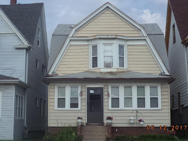 2933 27th St, Milwaukee, Wisconsin 53210, 4 Bedrooms Bedrooms, 7 Rooms Rooms,1 BathroomBathrooms,Single-Family,For Sale,27th St,1534570
