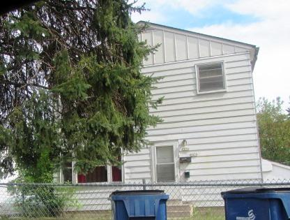 5834 63rd St, Milwaukee, Wisconsin 53218, 3 Bedrooms Bedrooms, 5 Rooms Rooms,1 BathroomBathrooms,Two-Family,For Sale,63rd St,1,1565421