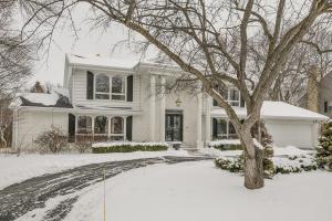 9456 N Broadmoor Rd