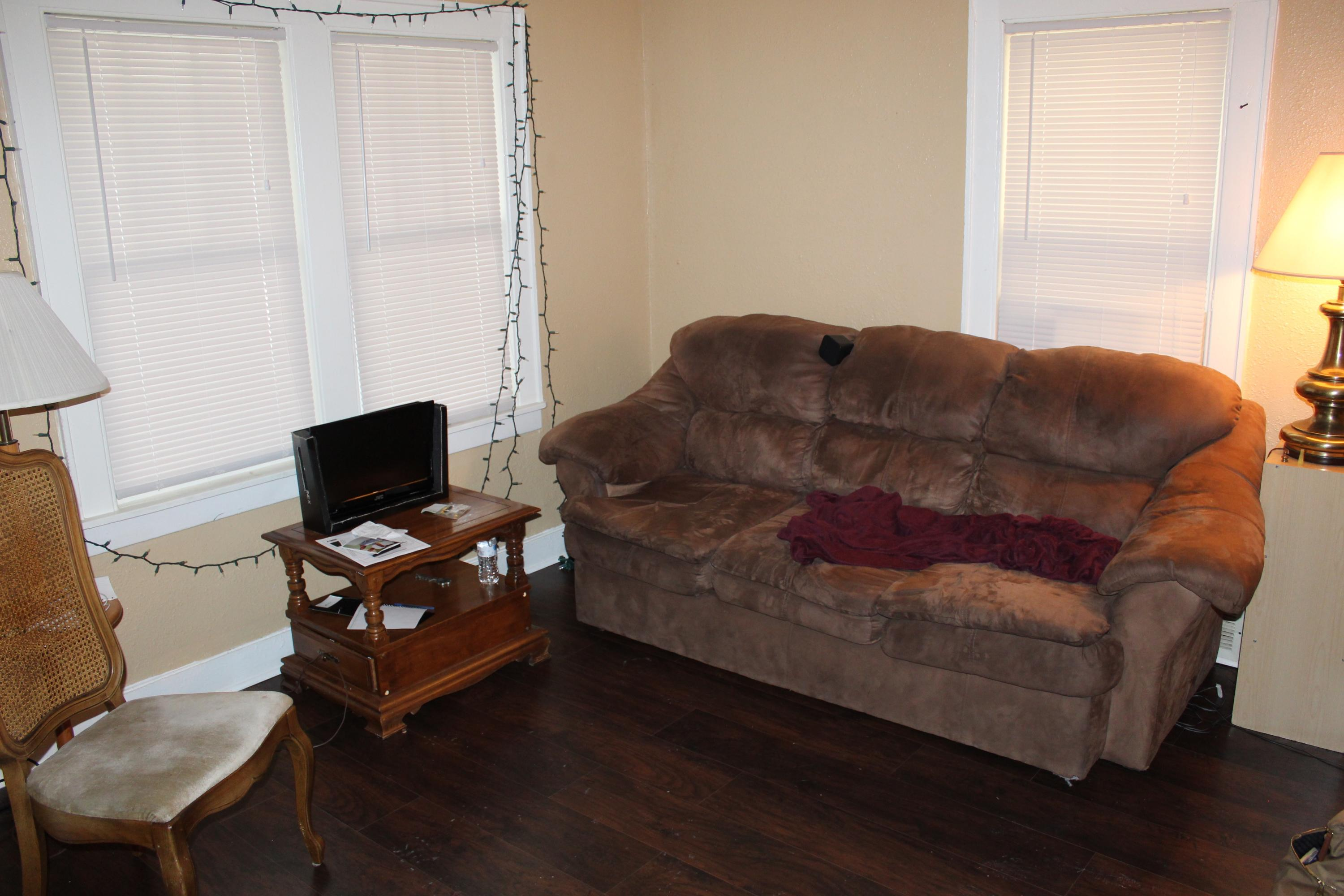 2453 53rd ST, Milwaukee, Wisconsin 53210, 1 Bedroom Bedrooms, 4 Rooms Rooms,1 BathroomBathrooms,Two-Family,For Sale,53rd ST,1,1567092