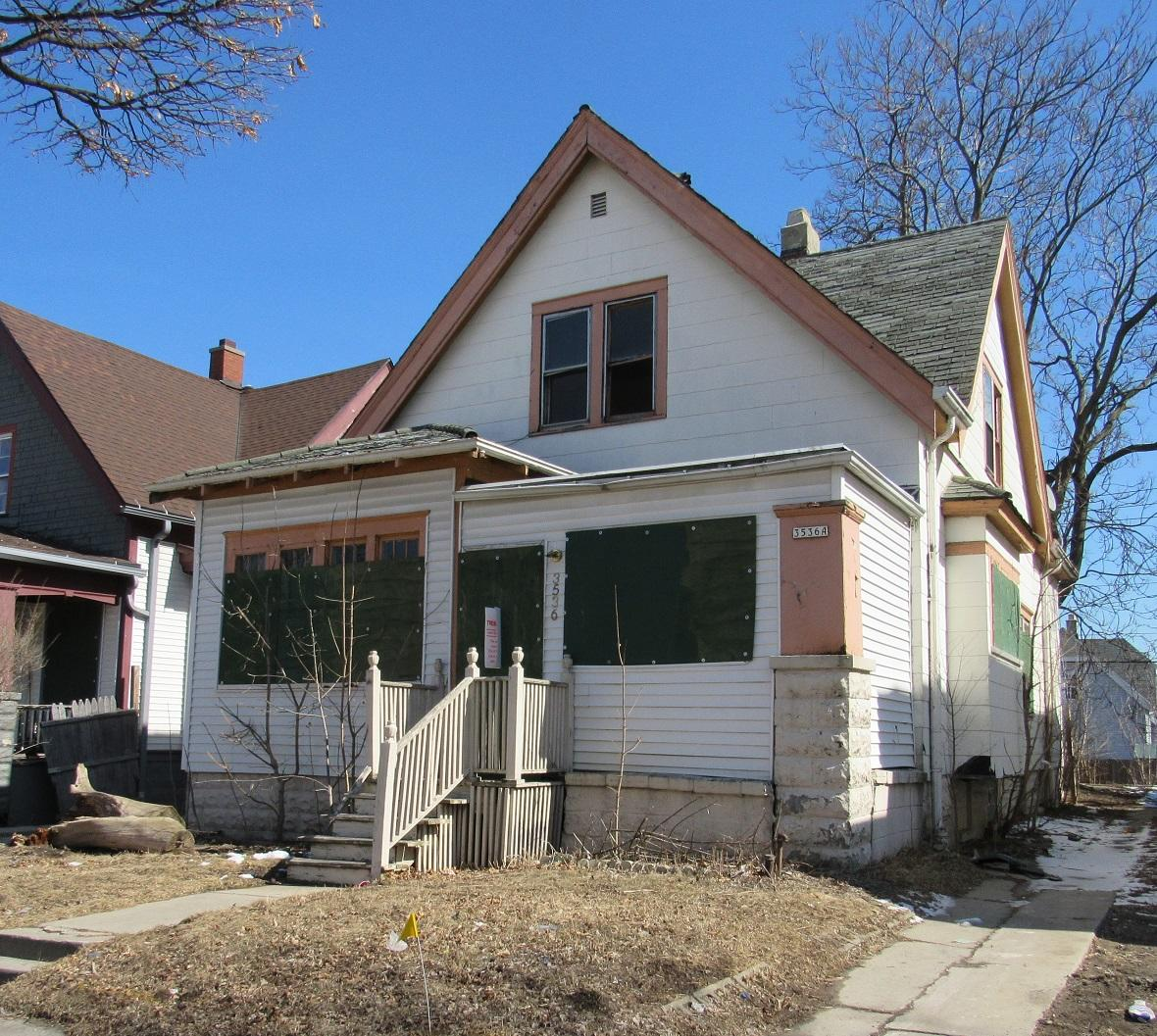 3536 19th St, Milwaukee, Wisconsin 53206, 2 Bedrooms Bedrooms, 5 Rooms Rooms,1 BathroomBathrooms,Two-Family,For Sale,19th St,1,1570464