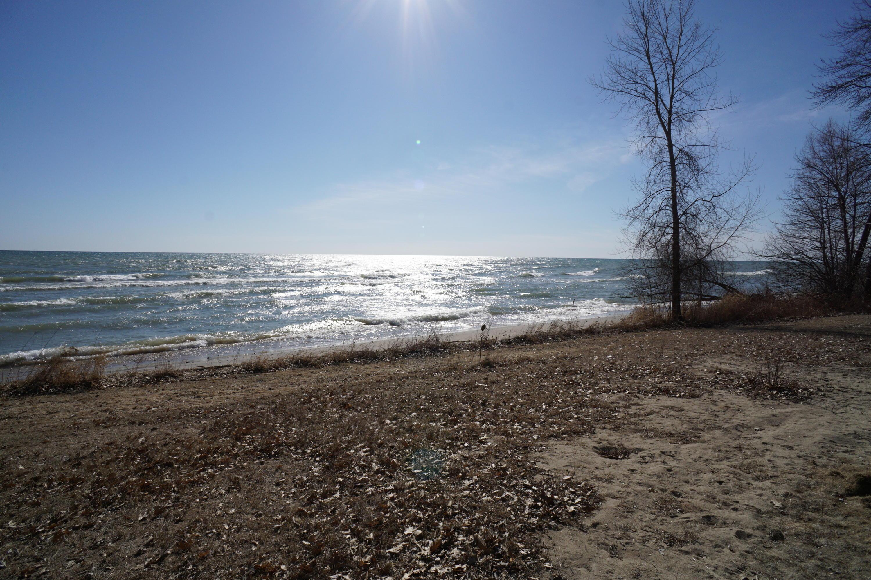 5384 Sandy Beach Ln
