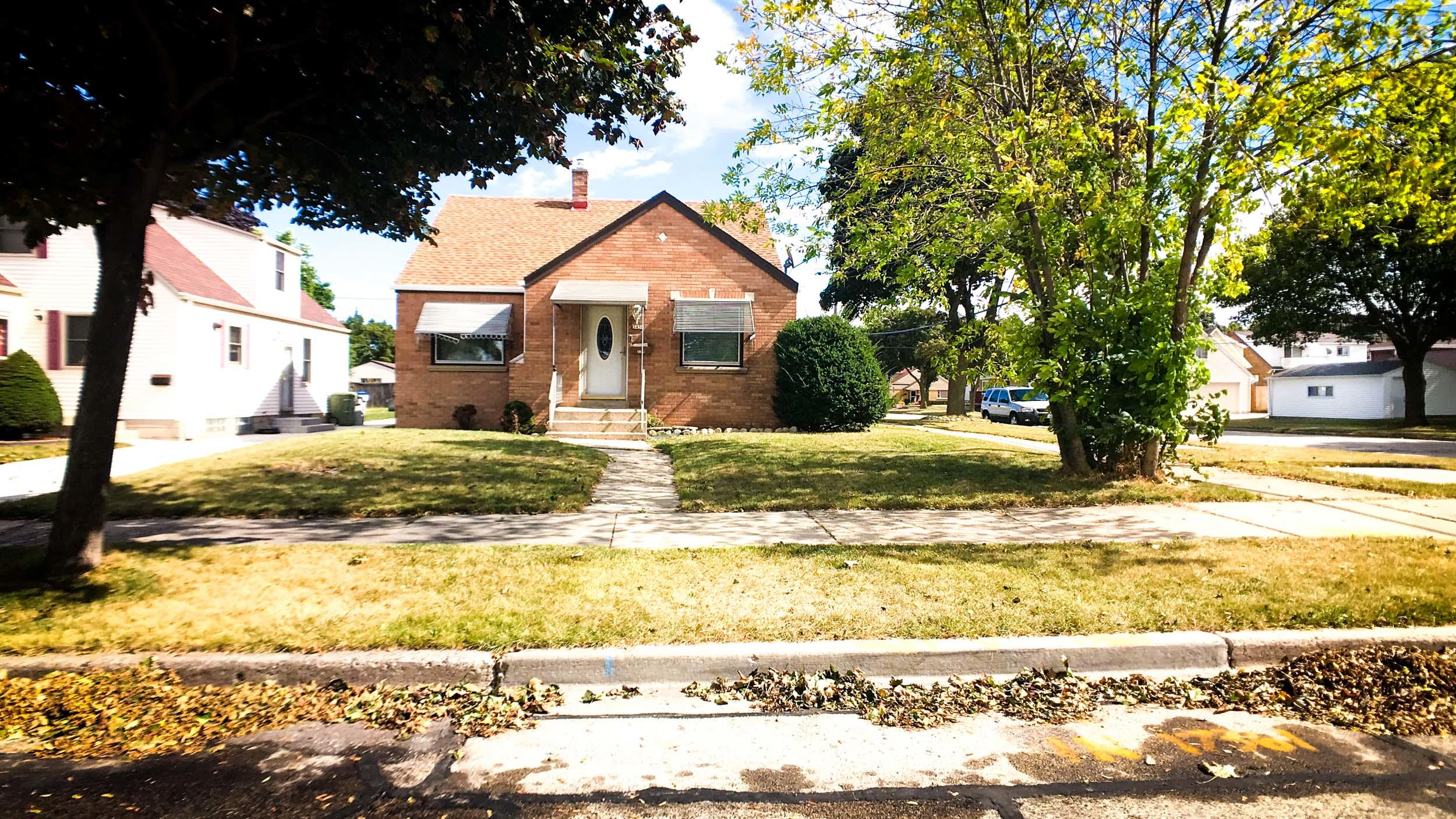 3454 3rd ST, Milwaukee, Wisconsin 53207, 3 Bedrooms Bedrooms, 6 Rooms Rooms,2 BathroomsBathrooms,Single-Family,For Sale,3rd ST,1572716
