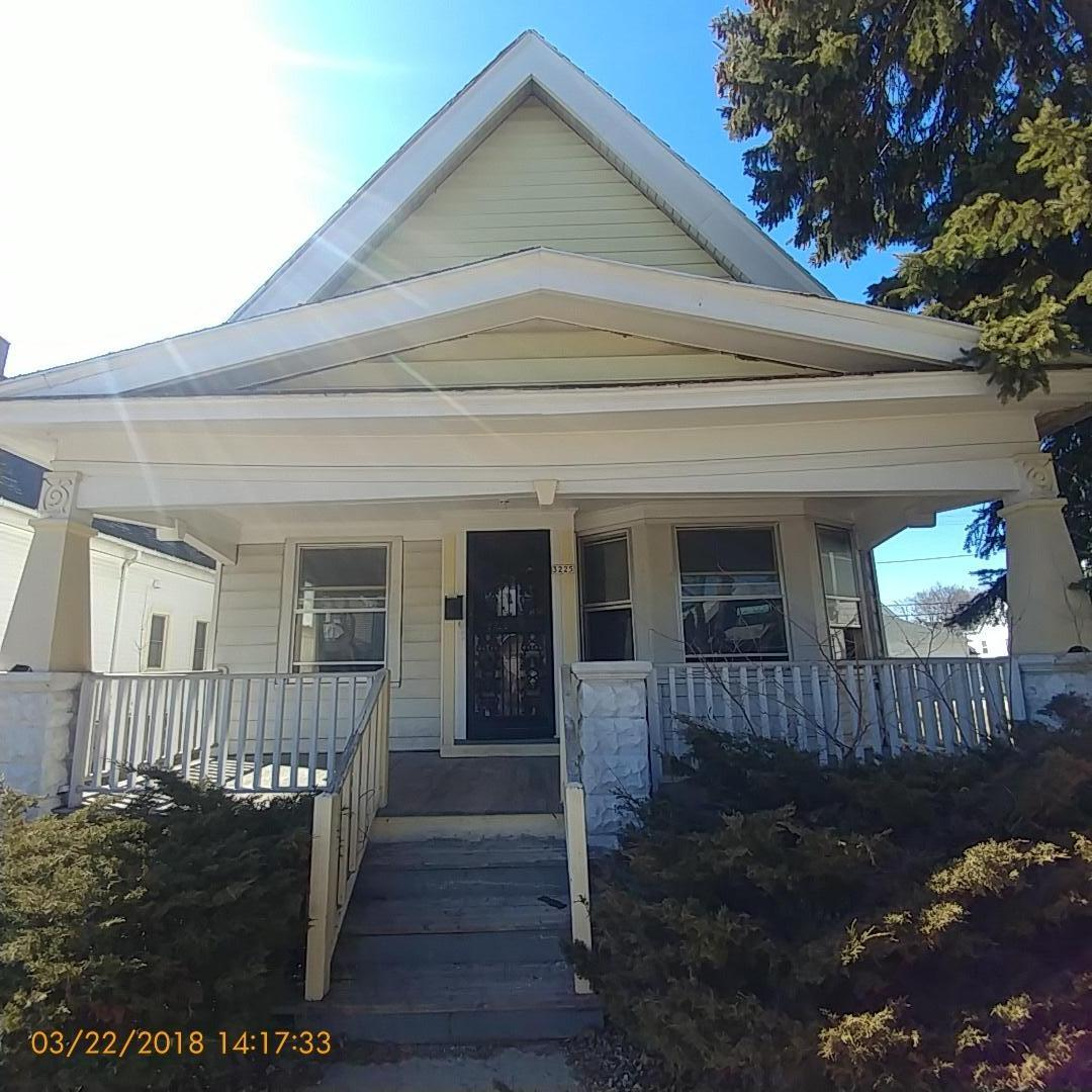 3225 28th St, Milwaukee, Wisconsin 53216, 3 Bedrooms Bedrooms, 6 Rooms Rooms,1 BathroomBathrooms,Two-Family,For Sale,28th St,1,1572327