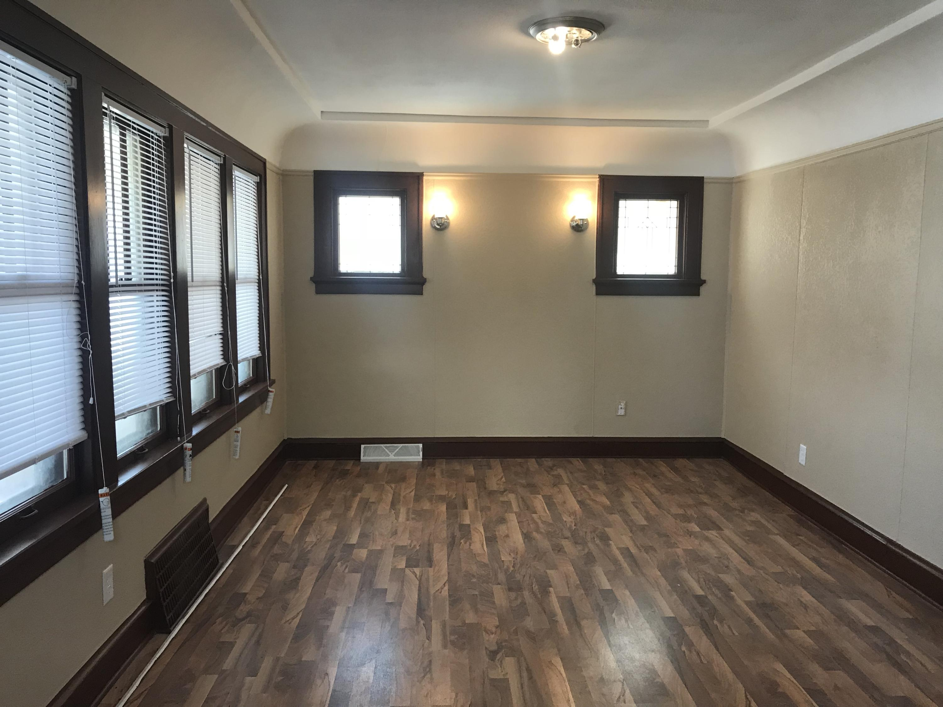 4415 36th St, Milwaukee, Wisconsin 53209, 2 Bedrooms Bedrooms, ,1 BathroomBathrooms,Single-Family,For Sale,36th St,1576677