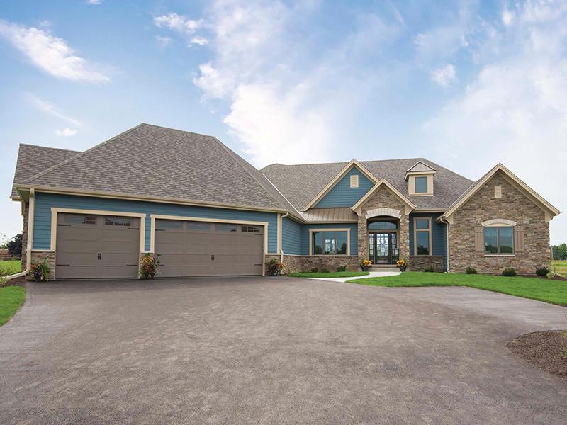 117 Sycamore Ct, Hartland, Wisconsin 53029, 4 Bedrooms Bedrooms, 11 Rooms Rooms,3 BathroomsBathrooms,Single-Family,For Sale,Sycamore Ct,1579560