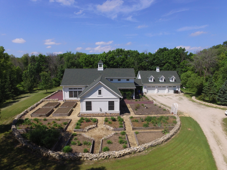 N5446 Cobblestone Rd, Sugar Creek, Wisconsin 53121, 4 Bedrooms Bedrooms, 15 Rooms Rooms,3 BathroomsBathrooms,Single-Family,For Sale,Cobblestone Rd,1569167