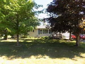 214 Pine Ave, Crivitz, WI 54114