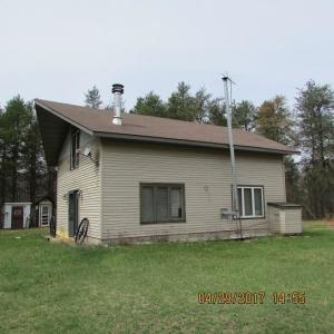 W8915 Airport RD, Stephenson, WI 54114