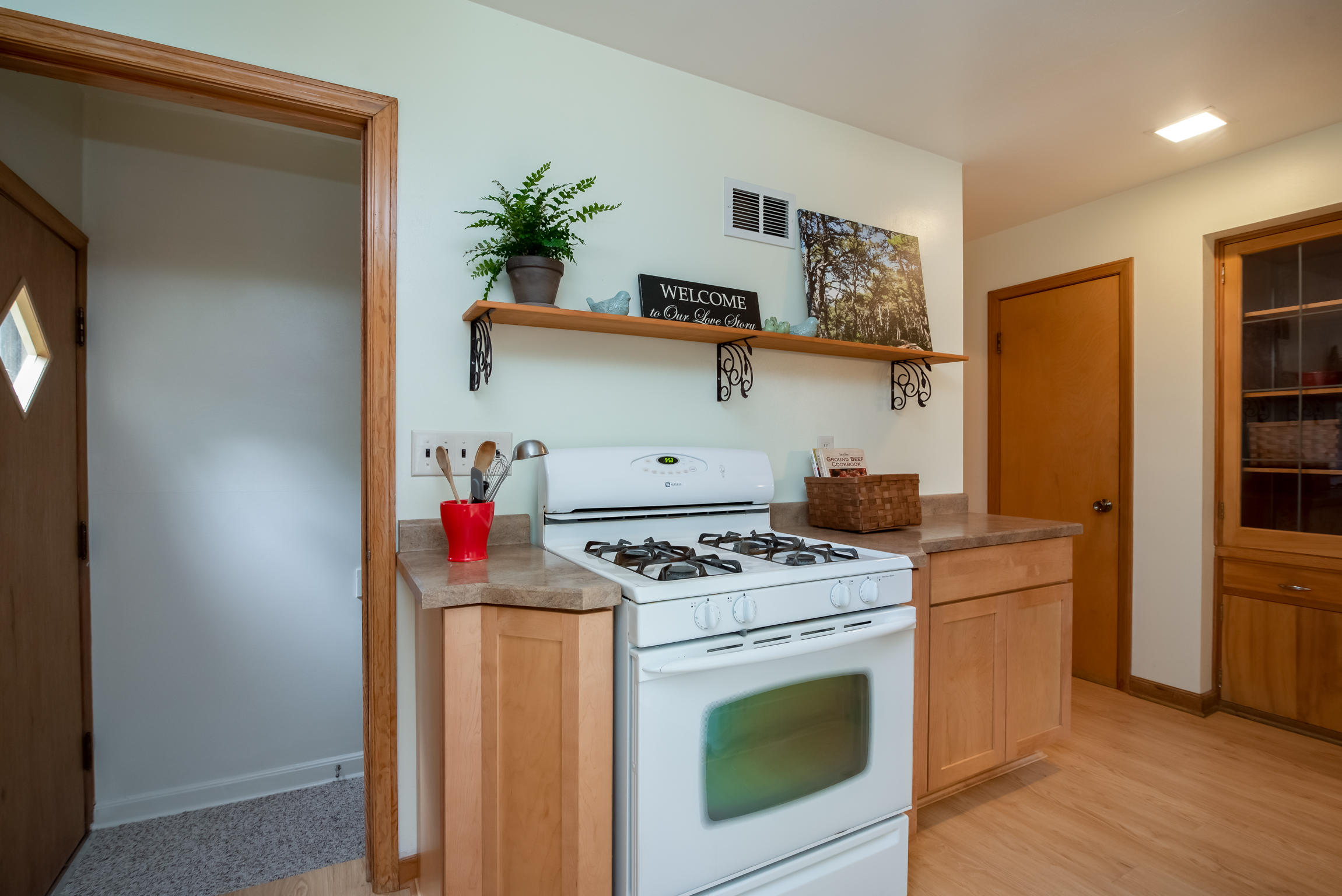 706 N 117th St, Wauwatosa, WI 53226, MLS # 1601723   Keefe Real Estate