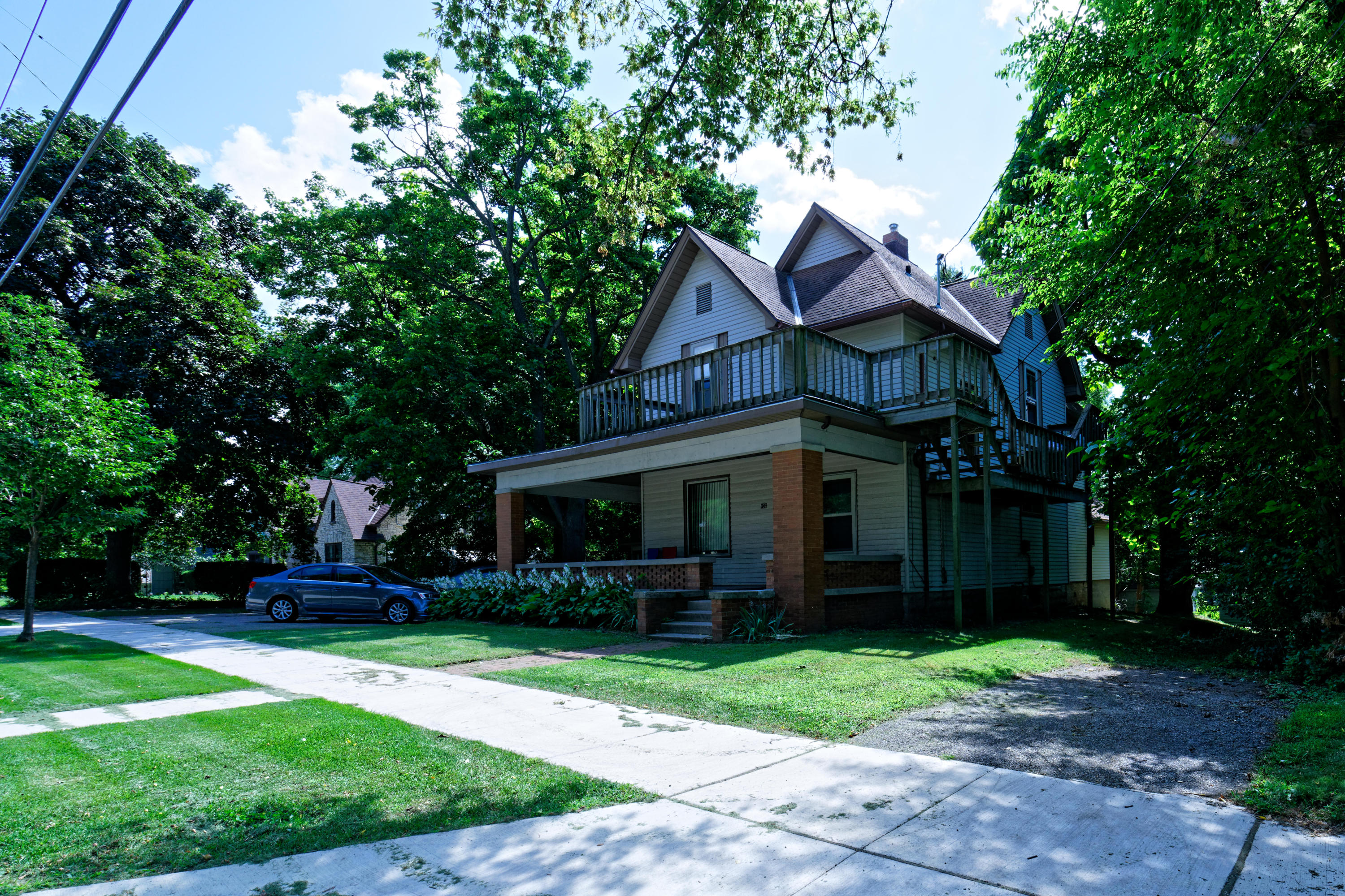 432 Barstow St NW, Waukesha, Wisconsin 53188, ,Multi-Family Investment,For Sale,Barstow St NW,1602469