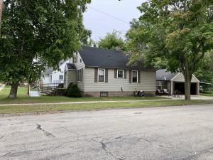 2829 Taylor St, Marinette, WI 54143