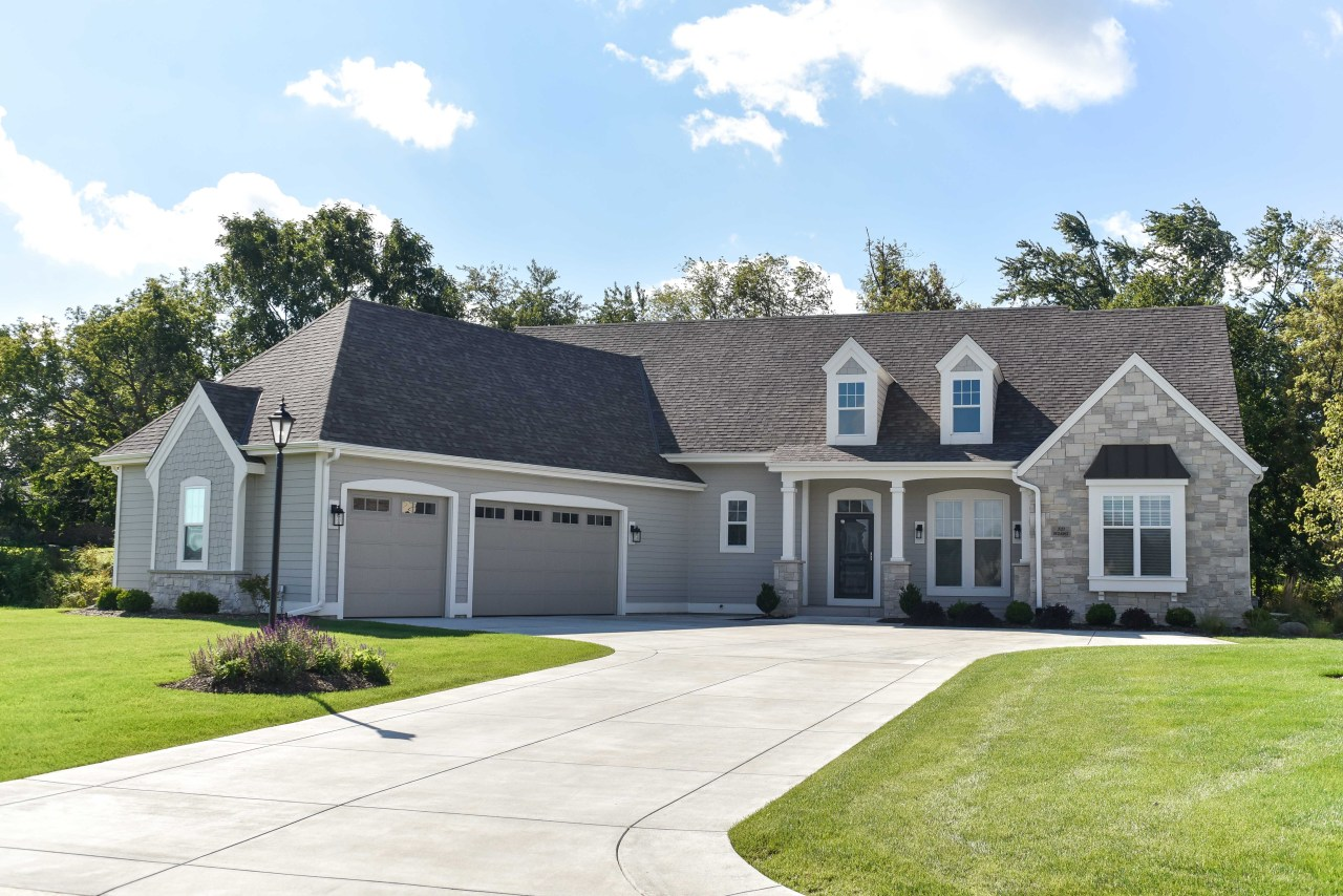 N21W24961 Still River Dr, Pewaukee, Wisconsin 53072, 3 Bedrooms Bedrooms, 7 Rooms Rooms,2 BathroomsBathrooms,Single-Family,For Sale,Still River Dr,1607450