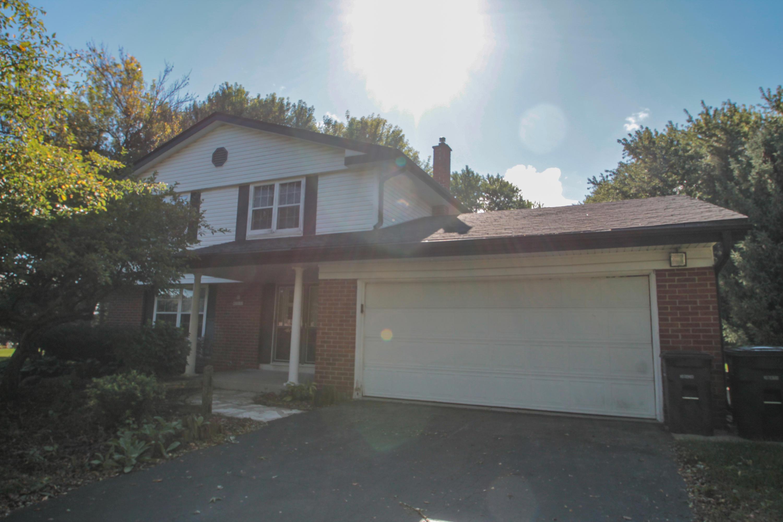 N9W27151 Woodridge Ln, Pewaukee, Wisconsin 53188, 4 Bedrooms Bedrooms, 8 Rooms Rooms,1 BathroomBathrooms,Single-Family,For Sale,Woodridge Ln,1608669