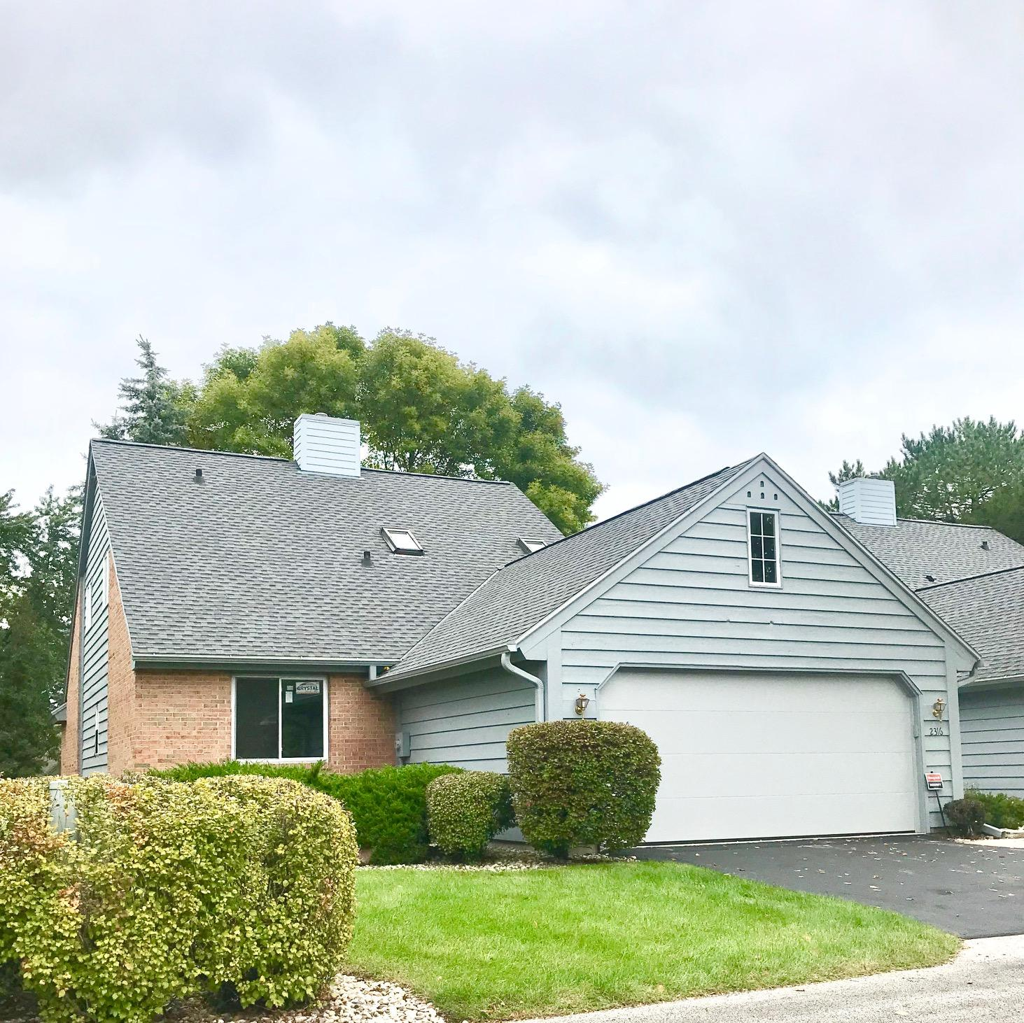 ... 2316 W Bancroft Ct Mequon, WI 53092 Property Image ...