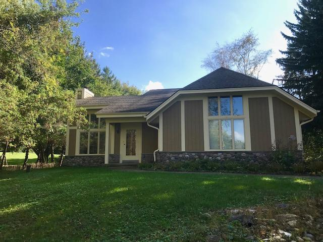 N26W26729 Prospect Ave, Pewaukee, Wisconsin 53072, 3 Bedrooms Bedrooms, 9 Rooms Rooms,2 BathroomsBathrooms,Single-Family,For Sale,Prospect Ave,1608975