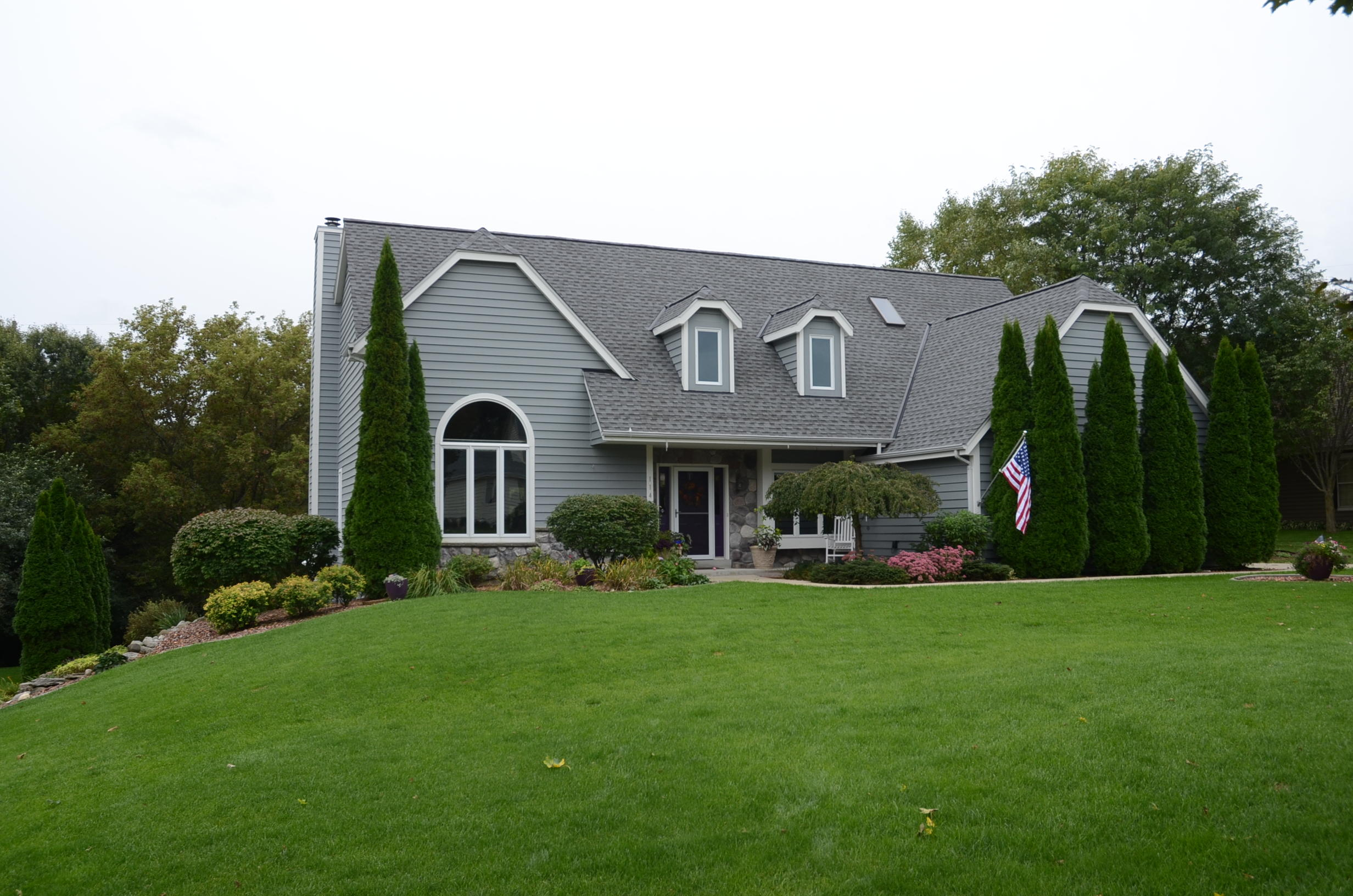 1143 Forseth Dr, Hartland, Wisconsin 53029, 5 Bedrooms Bedrooms, 14 Rooms Rooms,3 BathroomsBathrooms,Single-Family,For Sale,Forseth Dr,1609116