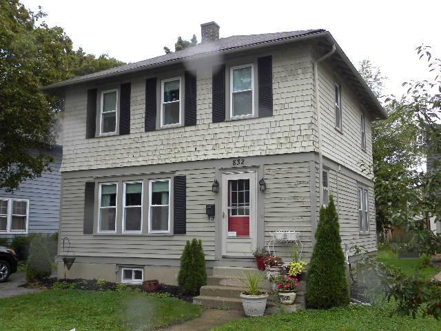 832 Wisconsin Ave, Oconomowoc, Wisconsin 53066, 3 Bedrooms Bedrooms, 7 Rooms Rooms,2 BathroomsBathrooms,Single-Family,For Sale,Wisconsin Ave,1609423