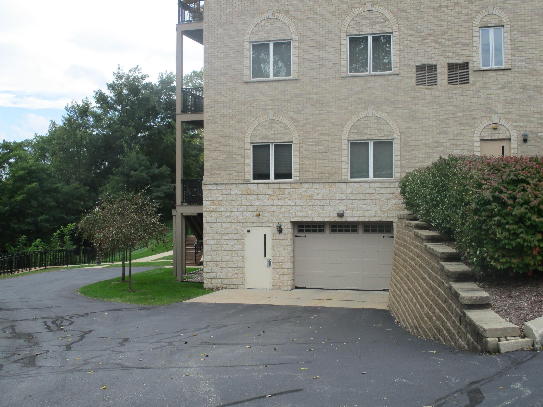 N51W34835 Wisconsin Ave, Oconomowoc, Wisconsin 53069, 2 Bedrooms Bedrooms, 6 Rooms Rooms,2 BathroomsBathrooms,Condominiums,For Sale,Wisconsin Ave,3,1618392