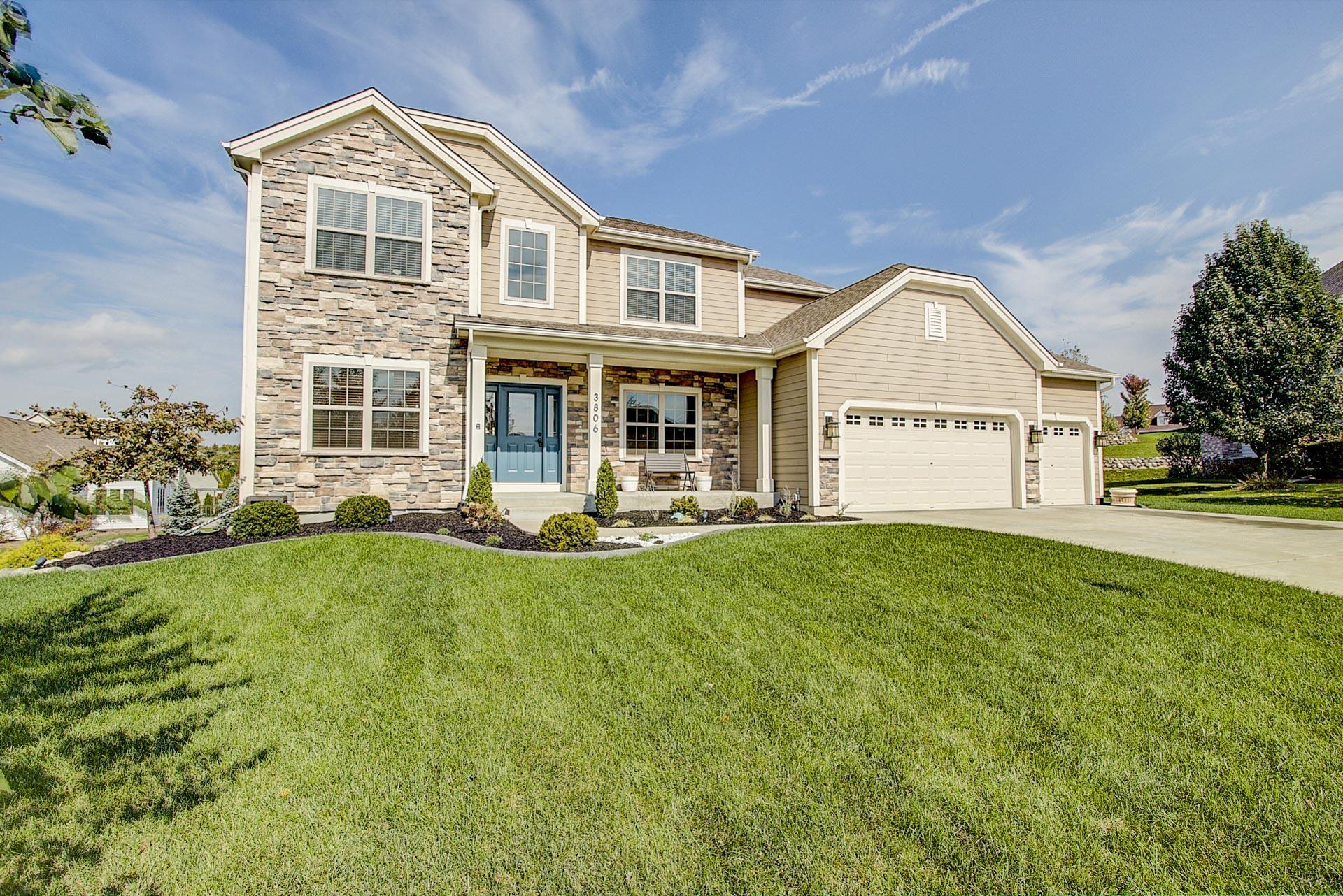 3806 Woodland TRL, Waukesha, Wisconsin 53188, 4 Bedrooms Bedrooms, ,2 BathroomsBathrooms,Single-Family,For Sale,Woodland TRL,1609929