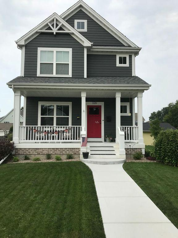 326 West Ave, Waukesha, Wisconsin 53186, 4 Bedrooms Bedrooms, 8 Rooms Rooms,2 BathroomsBathrooms,Single-Family,For Sale,West Ave,1610279