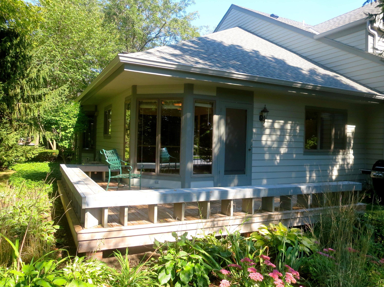 204 Pine Ter, Oconomowoc, Wisconsin 53066, 3 Bedrooms Bedrooms, 11 Rooms Rooms,2 BathroomsBathrooms,Condominiums,For Sale,Pine Ter,1,1604955