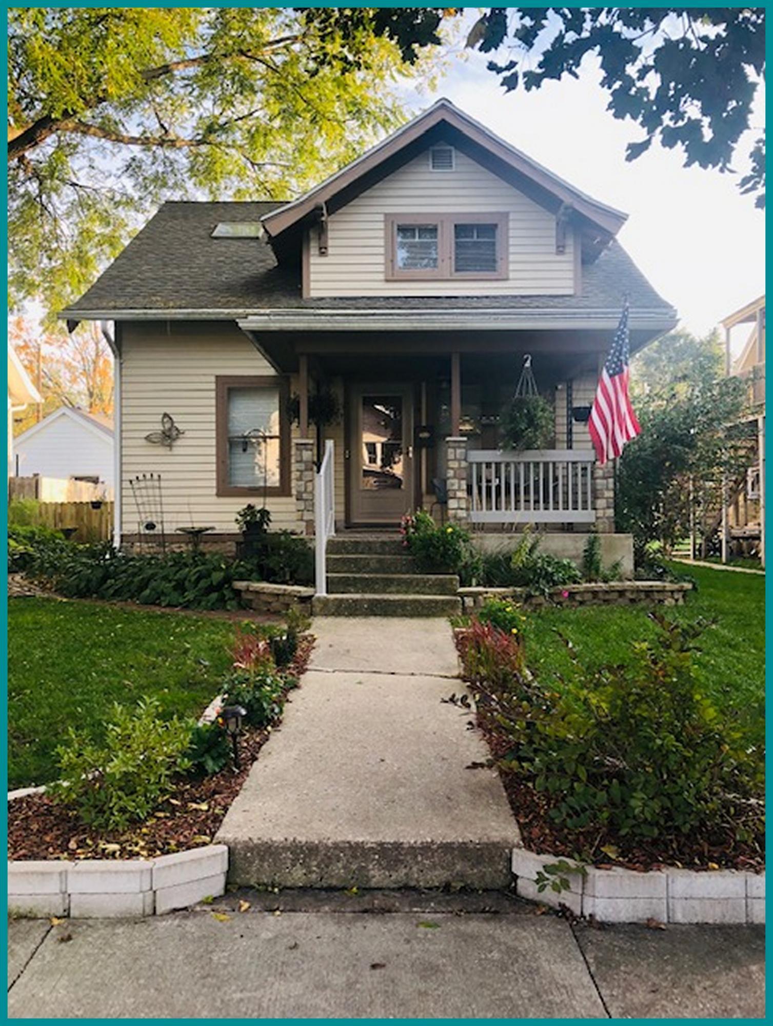 229 Wilson Ave, Waukesha, Wisconsin 53186, 4 Bedrooms Bedrooms, 7 Rooms Rooms,2 BathroomsBathrooms,Single-Family,For Sale,Wilson Ave,1610381
