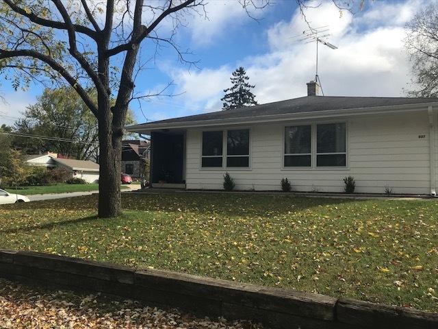 803 Elizabeth St, Oconomowoc, Wisconsin 53066, 2 Bedrooms Bedrooms, 4 Rooms Rooms,1 BathroomBathrooms,Two-Family,For Sale,Elizabeth St,1,1610121
