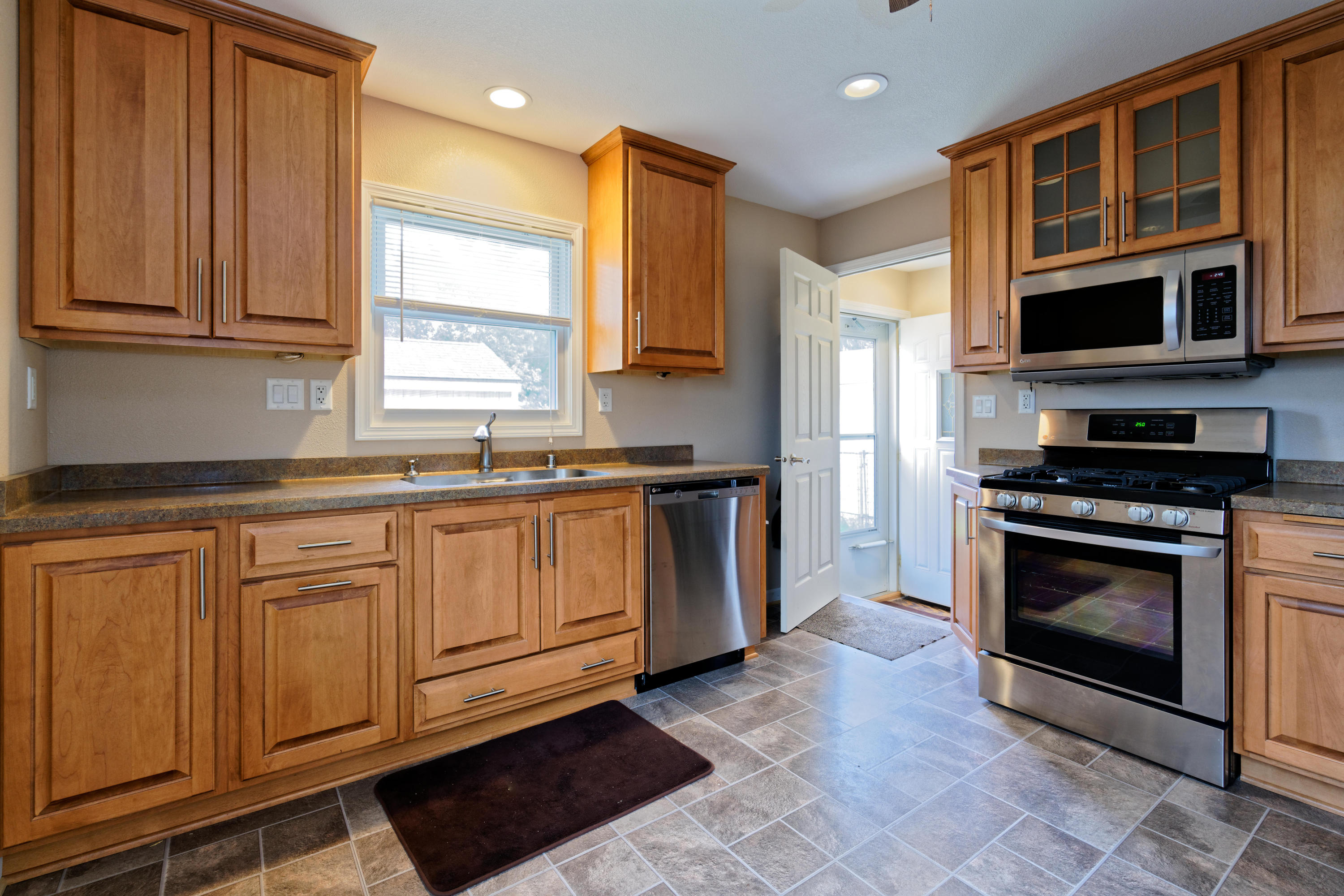 3030 62ND ST, Milwaukee, Wisconsin 53219, 4 Bedrooms Bedrooms, 7 Rooms Rooms,1 BathroomBathrooms,Single-Family,For Sale,62ND ST,1610641