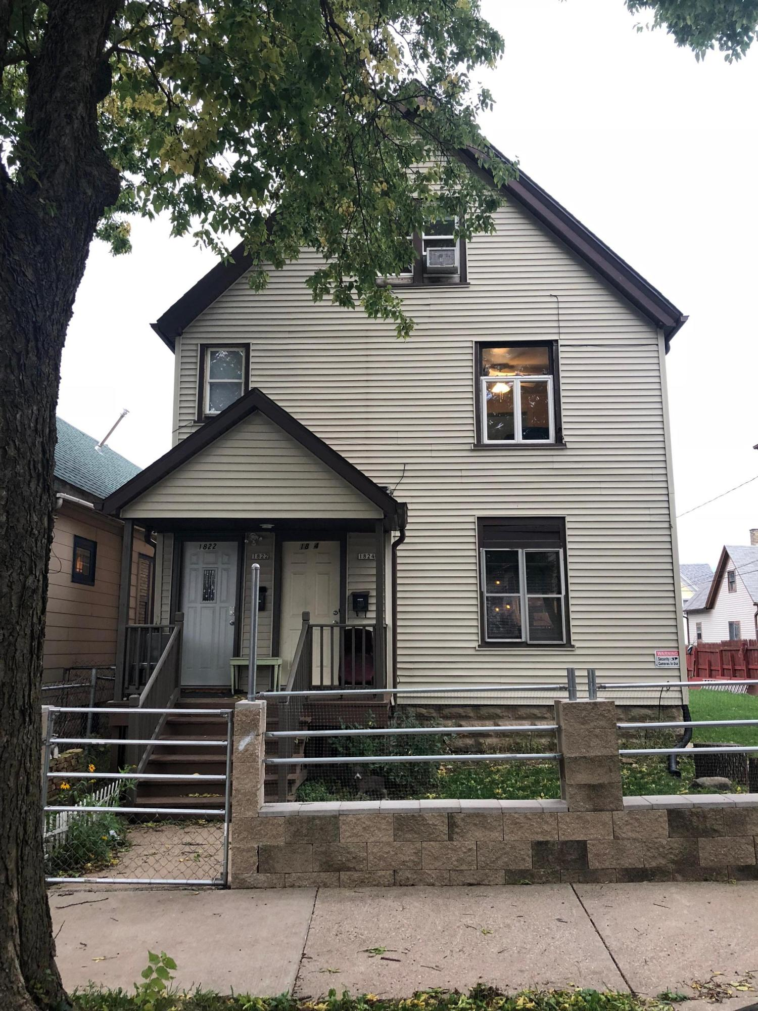 1822 23rd St, Milwaukee, Wisconsin 53204, 3 Bedrooms Bedrooms, 5 Rooms Rooms,1 BathroomBathrooms,Two-Family,For Sale,23rd St,2,1610677