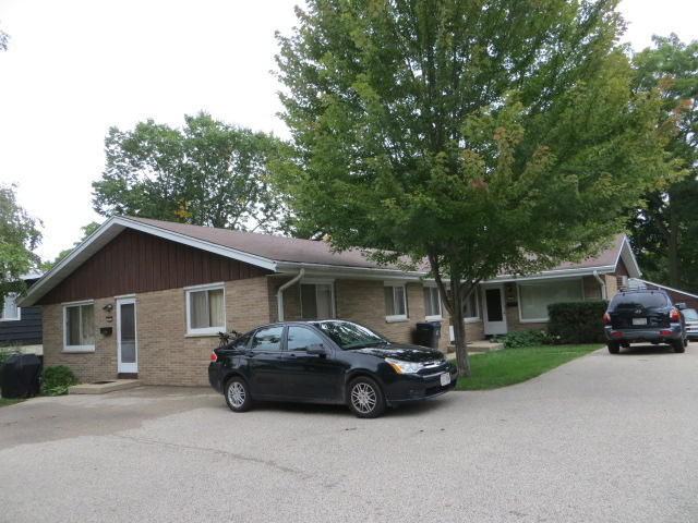 221 Spring St, Waukesha, Wisconsin 53188, 2 Bedrooms Bedrooms, 5 Rooms Rooms,1 BathroomBathrooms,Two-Family,For Sale,Spring St,1,1610768