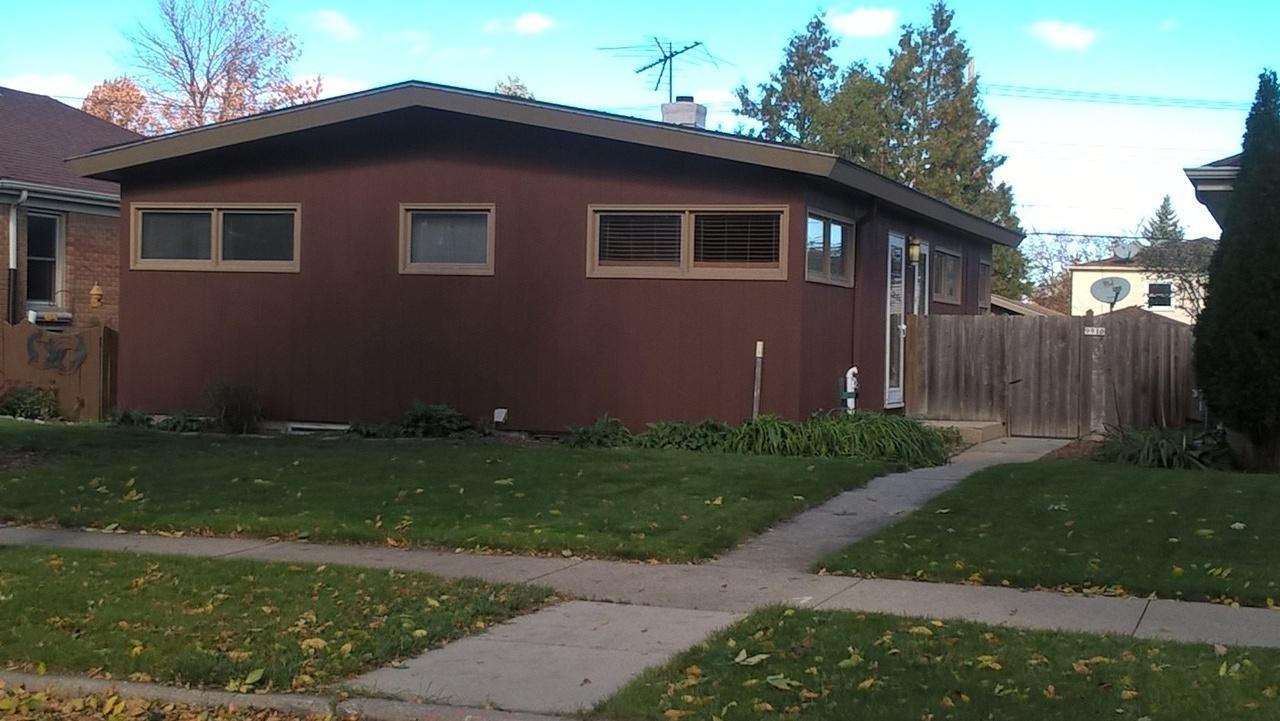 9910 Metcalf Pl, Milwaukee, Wisconsin 53222, 3 Bedrooms Bedrooms, ,1 BathroomBathrooms,Single-Family,For Sale,Metcalf Pl,1610557
