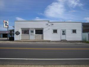 7716 County Road B, Spruce, WI 54154