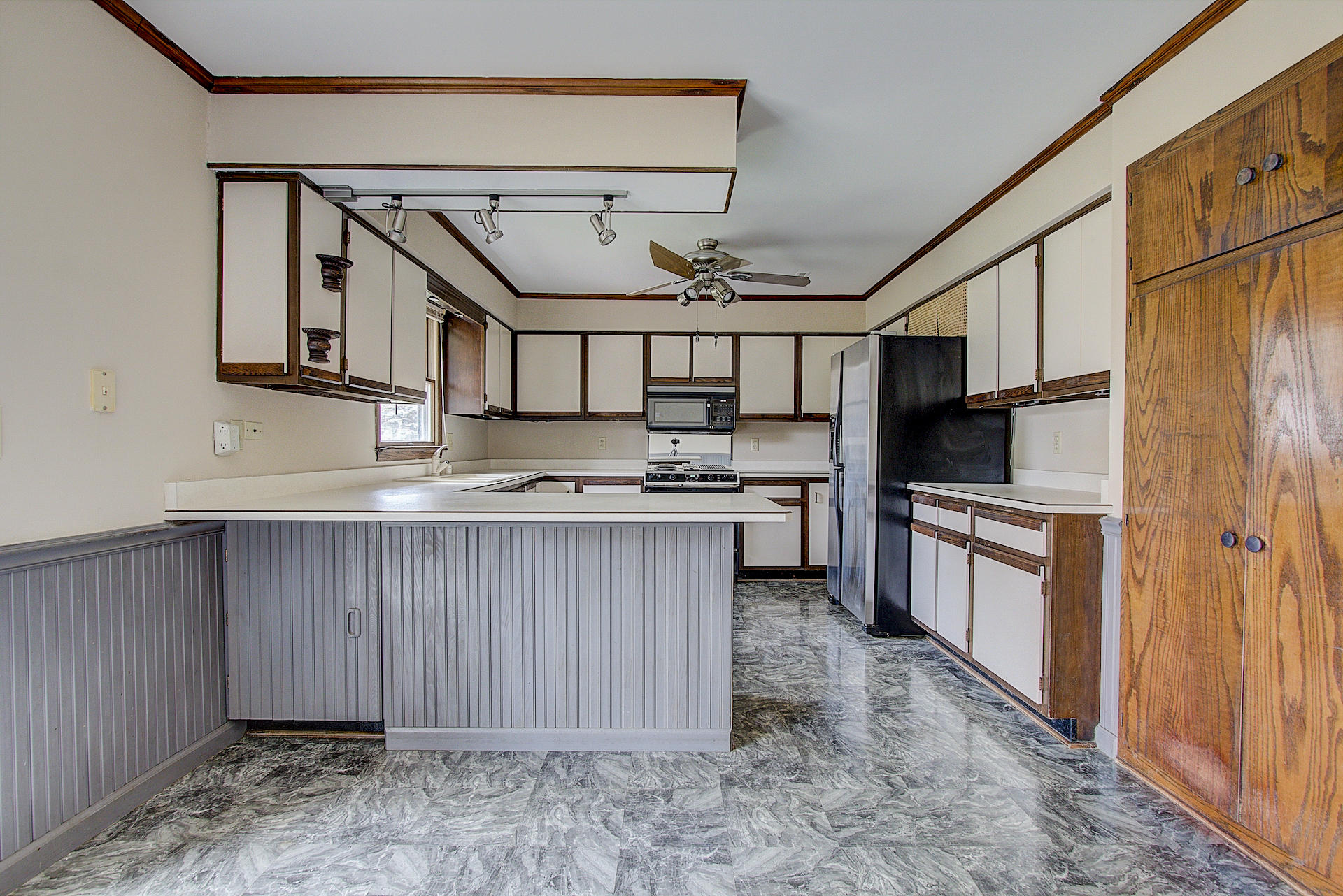 518 Oxford Dr, Hartland, Wisconsin 53029, 3 Bedrooms Bedrooms, ,1 BathroomBathrooms,Single-Family,For Sale,Oxford Dr,1612988