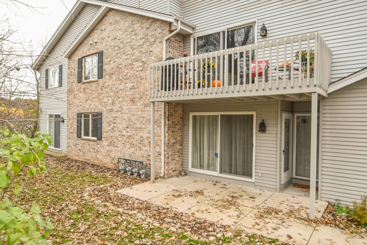 2342 Quail Hollow Ct, Delafield, Wisconsin 53018, 2 Bedrooms Bedrooms, 5 Rooms Rooms,2 BathroomsBathrooms,Condominiums,For Sale,Quail Hollow Ct,1,1612945