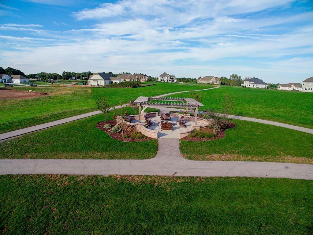 W297N3355 Woodridge Cir, Delafield, Wisconsin 53072, ,Vacant Land,For Sale,Woodridge Cir,1613545