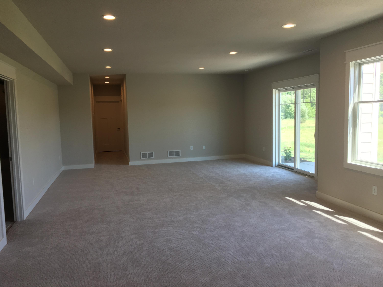 N3W31451 Lara Ln, Delafield, Wisconsin 53018, 3 Bedrooms Bedrooms, 8 Rooms Rooms,3 BathroomsBathrooms,Condominiums,For Sale,Lara Ln,1,1613538