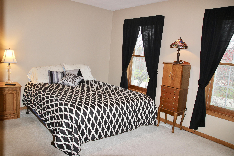 N37W29173 Middlefield Rd, Delafield, Wisconsin 53072, 4 Bedrooms Bedrooms, 11 Rooms Rooms,3 BathroomsBathrooms,Single-Family,For Sale,Middlefield Rd,1613689