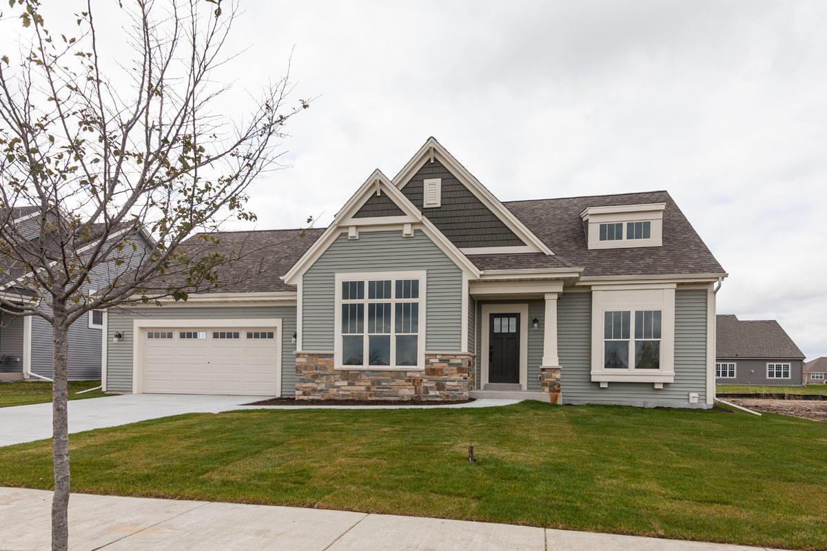 1430 Rosewood Pass, Oconomowoc, Wisconsin 53066, 3 Bedrooms Bedrooms, 6 Rooms Rooms,2 BathroomsBathrooms,Single-Family,For Sale,Rosewood Pass,1613861