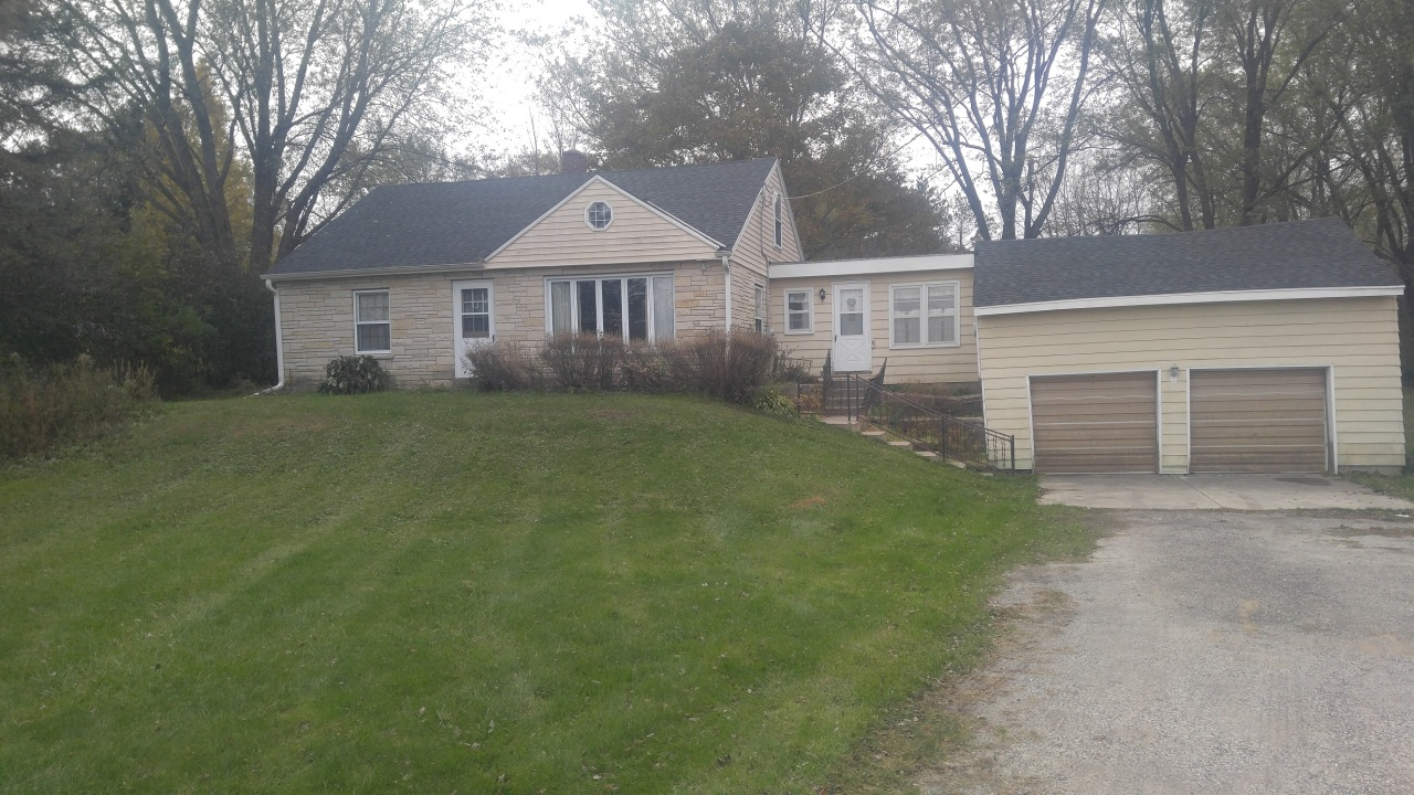 N13W28907 Silvernail Rd, Delafield, Wisconsin 53072, 4 Bedrooms Bedrooms, ,1 BathroomBathrooms,Single-Family,For Sale,Silvernail Rd,1613946