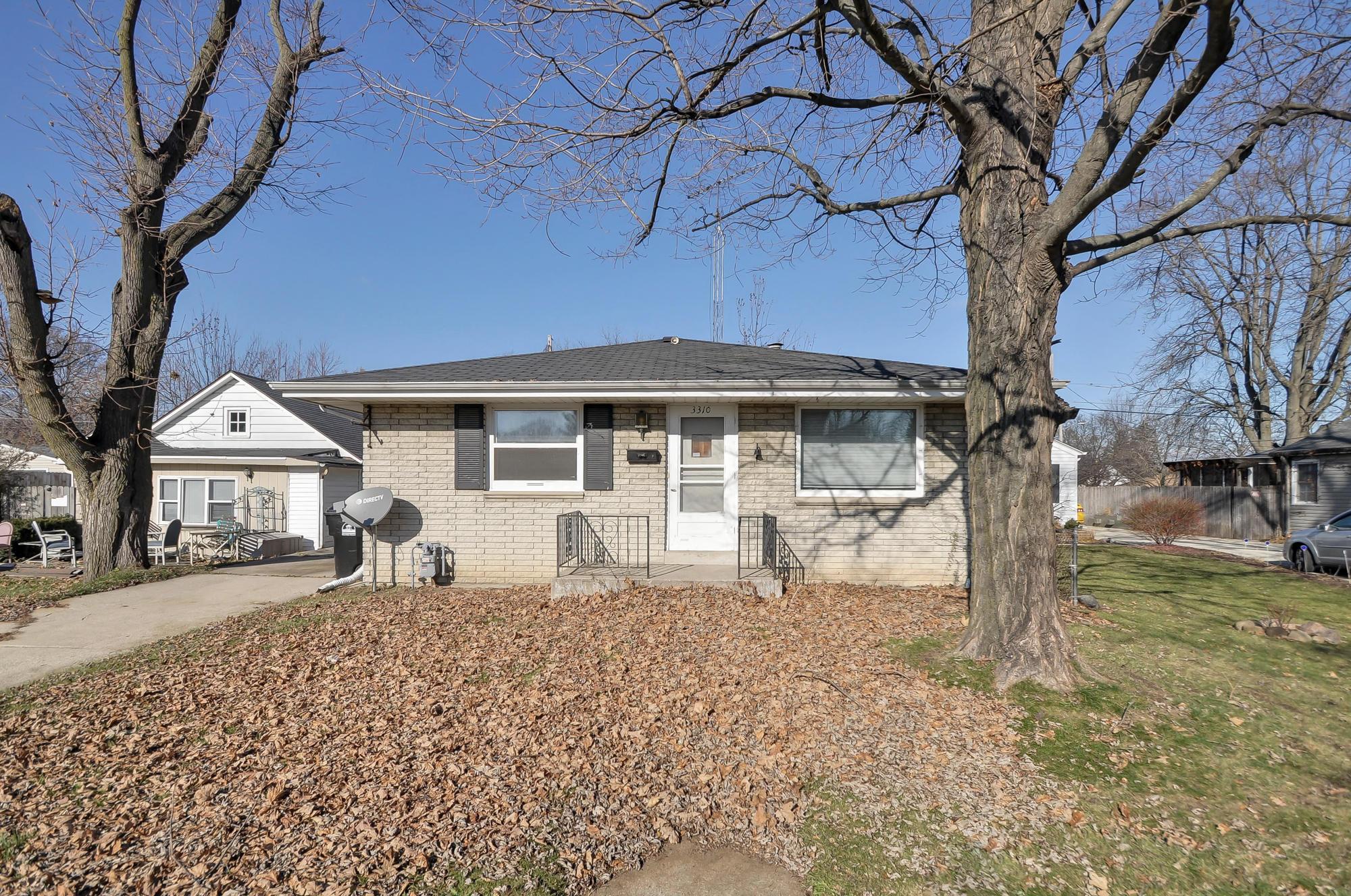 3310 Pierce Blvd, Racine, Wisconsin 53405, 2 Bedrooms Bedrooms, 4 Rooms Rooms,2 BathroomsBathrooms,Single-Family,For Sale,Pierce Blvd,1614582