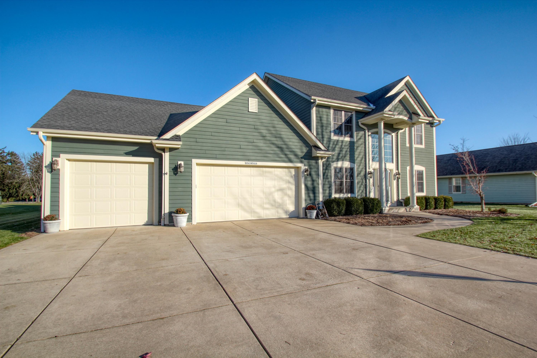 W347N5810 Foxglove Ct, Oconomowoc, Wisconsin 53066, 4 Bedrooms Bedrooms, 9 Rooms Rooms,2 BathroomsBathrooms,Single-Family,For Sale,Foxglove Ct,1614420