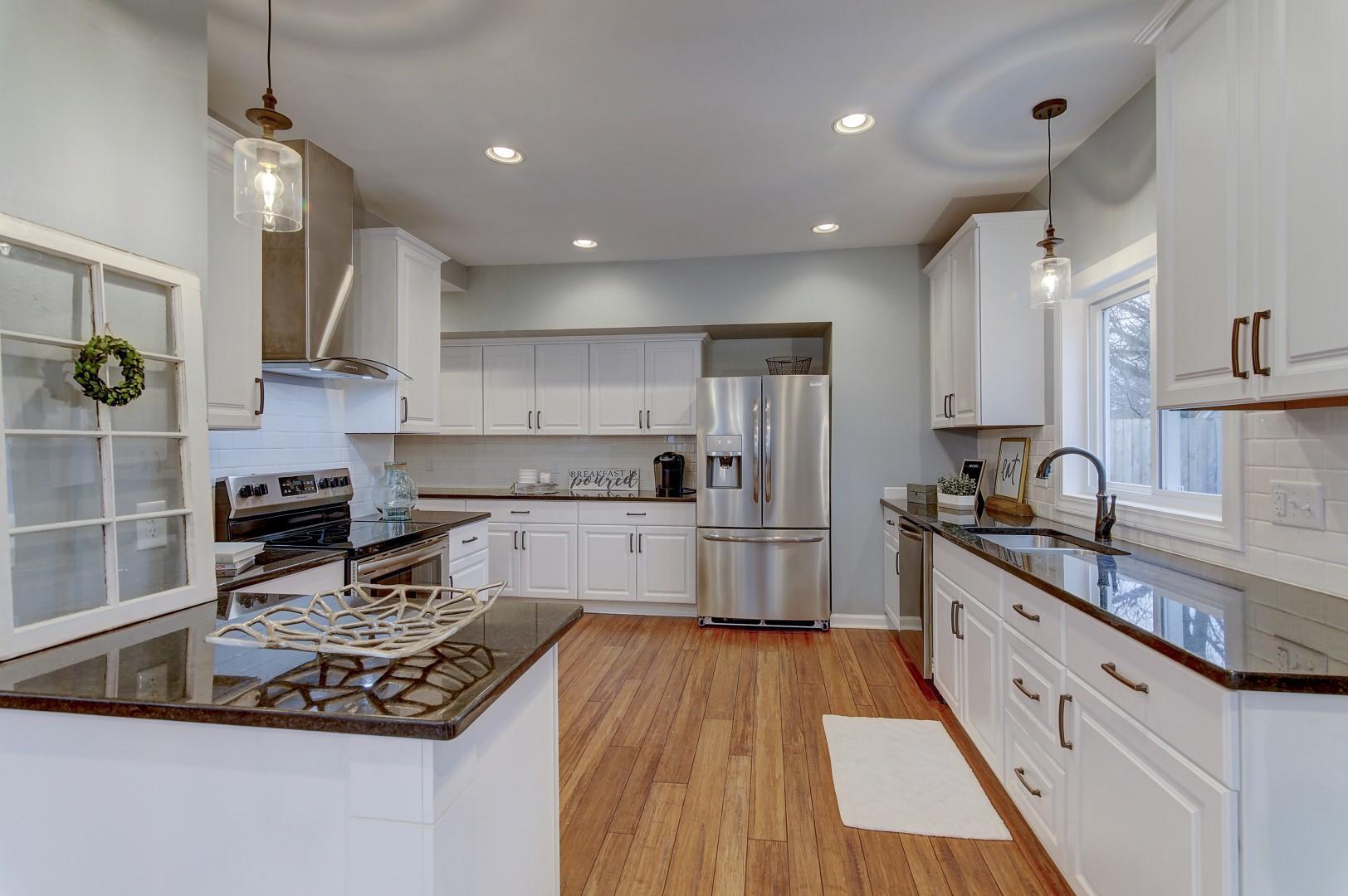 314 Silver Lake St, Oconomowoc, Wisconsin 53066, 4 Bedrooms Bedrooms, ,3 BathroomsBathrooms,Single-Family,For Sale,Silver Lake St,1614538