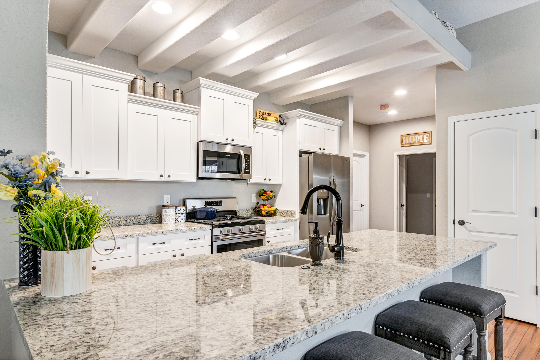 2937 Glen Ivy Dr, West Bend, Wisconsin 53090, 2 Bedrooms Bedrooms, ,2 BathroomsBathrooms,Condominiums,For Sale,Glen Ivy Dr,1,1614740