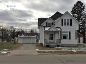 2457 Minnesota St, Marinette, WI 54143