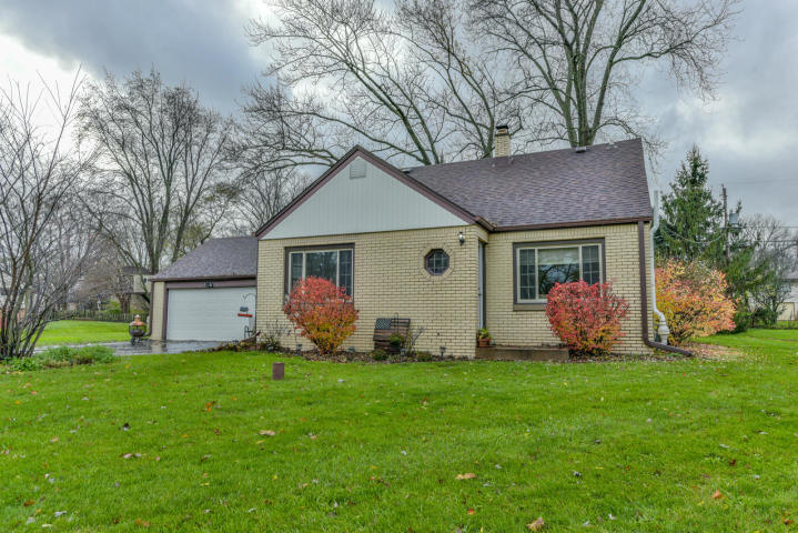 4425 134th St, Brookfield, Wisconsin 53005, 4 Bedrooms Bedrooms, ,1 BathroomBathrooms,Single-Family,For Sale,134th St,1614457