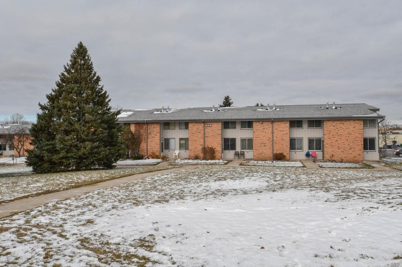 1434 Big Bend Rd, Waukesha, Wisconsin 53189, 3 Bedrooms Bedrooms, 6 Rooms Rooms,1 BathroomBathrooms,Condominiums,For Sale,Big Bend Rd,1,1615261