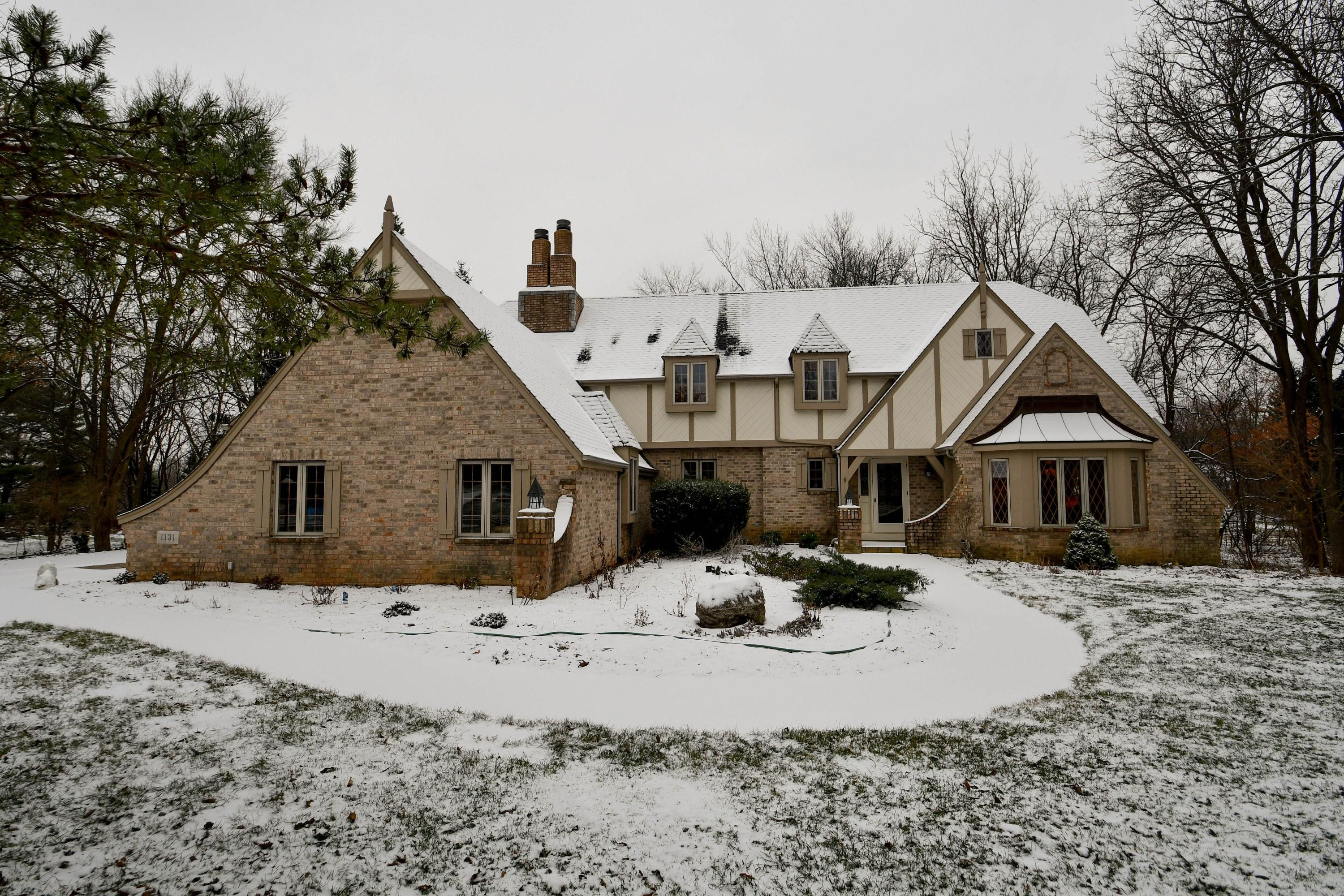1131 Eagle Pass, Hartland, Wisconsin 53029, 4 Bedrooms Bedrooms, 10 Rooms Rooms,2 BathroomsBathrooms,Single-Family,For Sale,Eagle Pass,1615537
